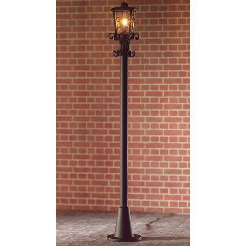 The Dolls House Emporium Victorian Street Lamp