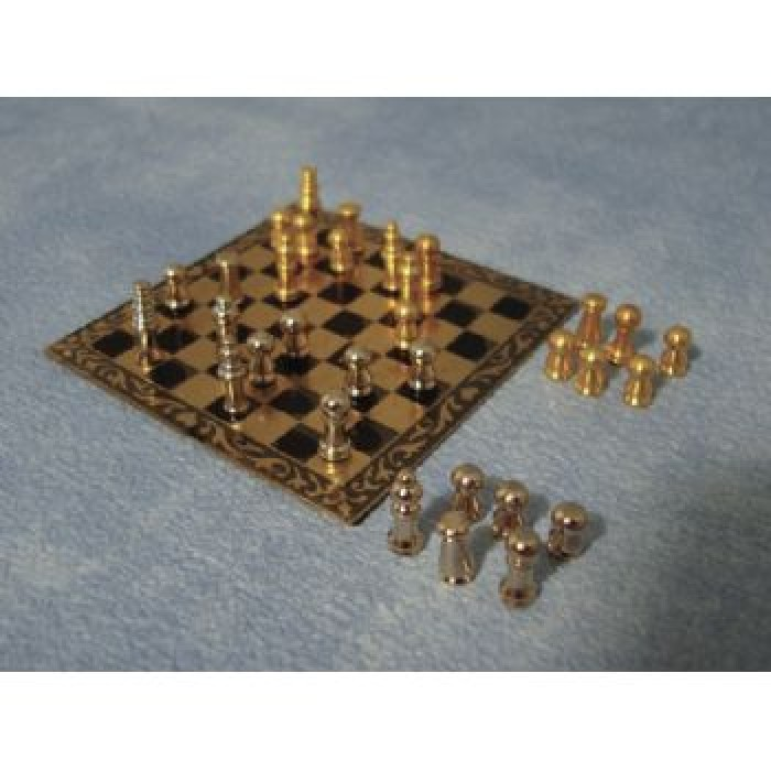 Streets ahead deluxe chess set - Deluxe chess sets ...