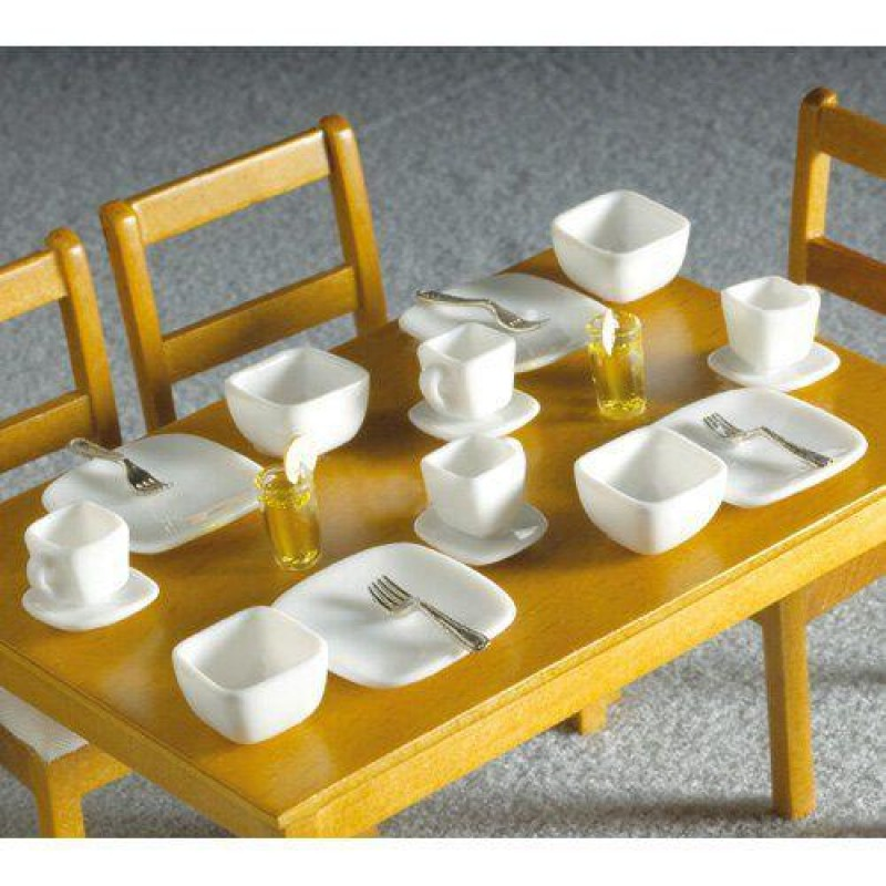 White Square Crockery, 16 pcs