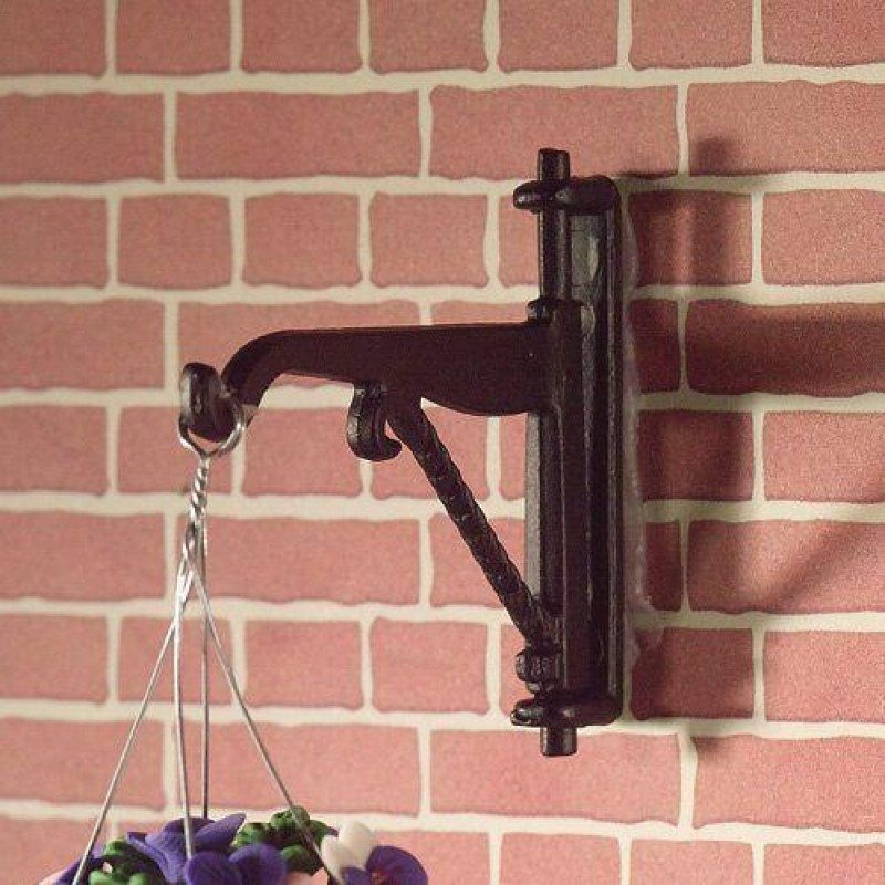 Black Hanging Bracket 43 x 45mm