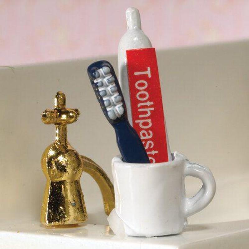 Toothbrush, Toothpaste & Mug, 3 pcs