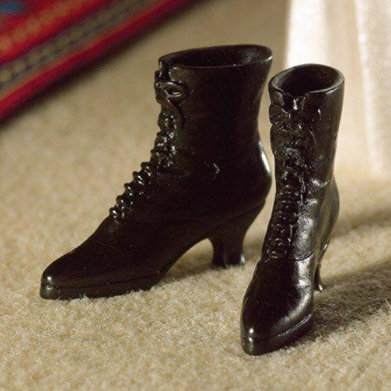 Black Victorian-style Boots (PR)