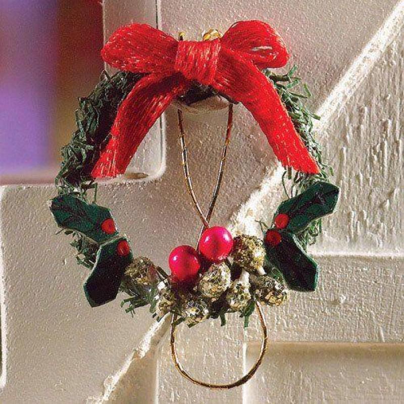 Christmas Wreath, diameter 25mm