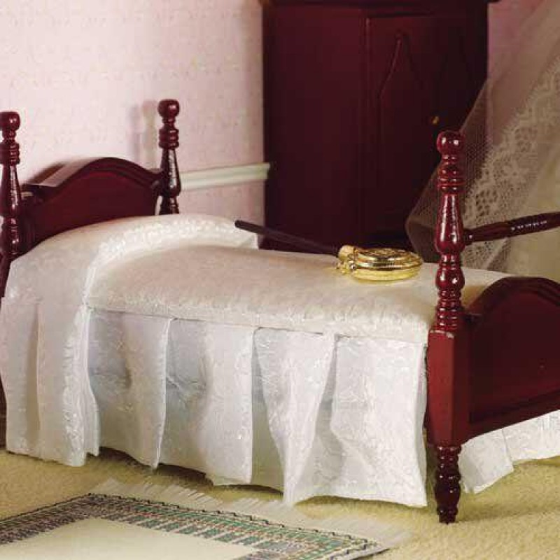 Victorian Pediment Single Bed (M)