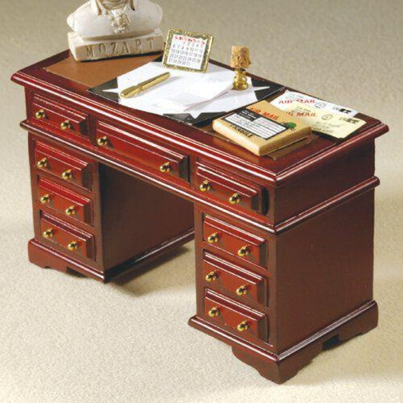 Nine Drawer Desk (M)