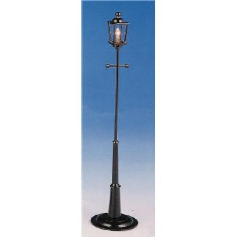 8 inch Street Lamp