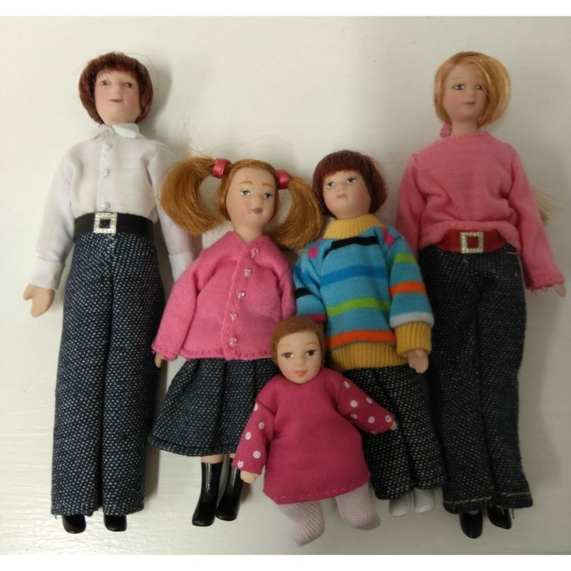 Family of Five Dolls