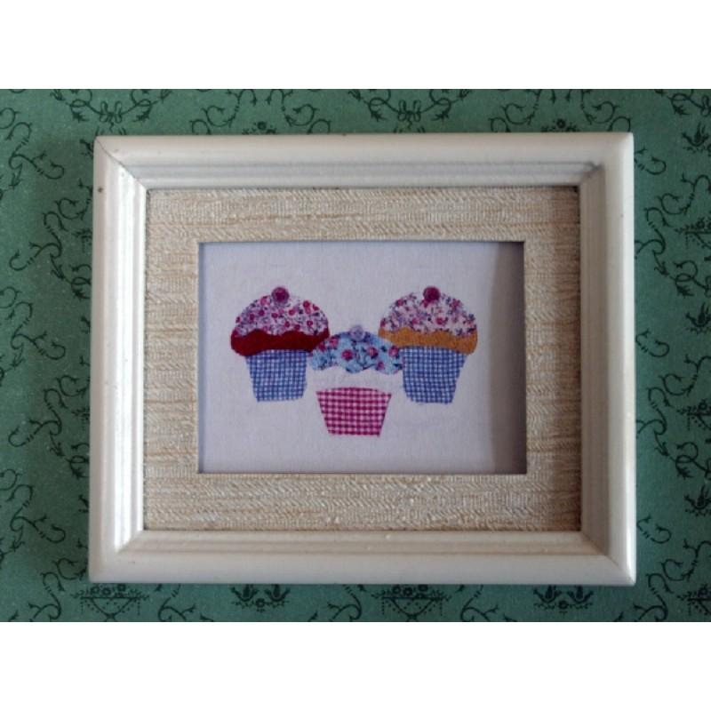 Cupcakes - White Frame