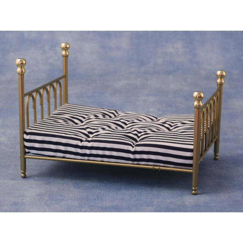 Brass 'cast Iron' Double Bed & Covers