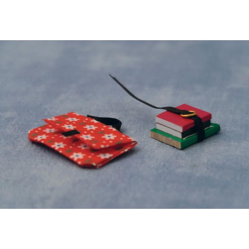 Babettes Miniaturen School bags with books