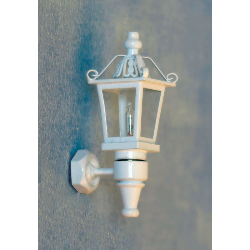 Streets Ahead White Coach Lamp
