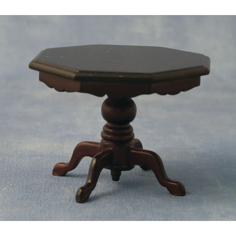 Babettes Miniaturen Dining Table