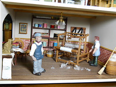 Magpies dolls' house