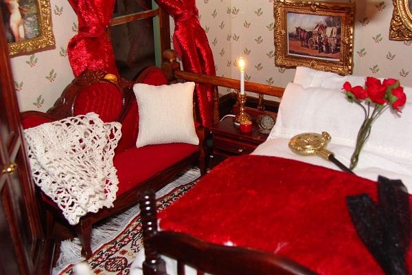 Wild West dolls' house, Suzy's Saloon
