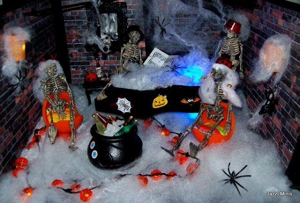 A miniature scene for Hallowe'en