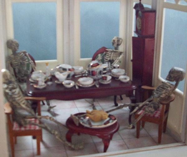 sheila vickers miniature scene halloween
