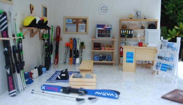 Dolls' house ski school Austria
