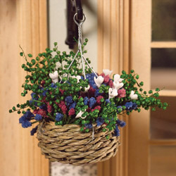3940Blooming Summer Hanging Basket