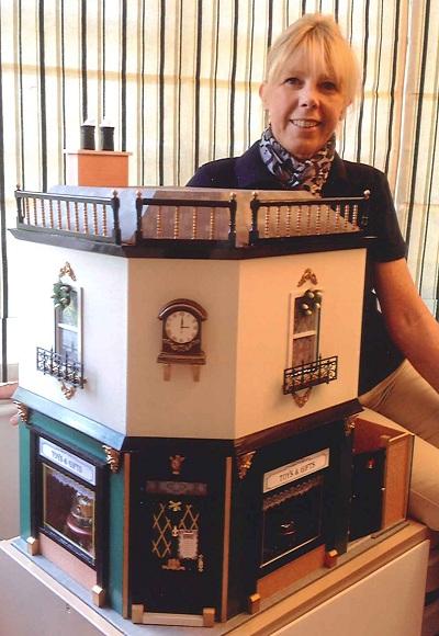 Christel Famelaer dolls' house competition