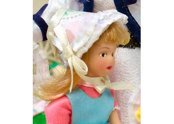 http://www.dollshouse.com/dhe/content/how-to-make-easter-bonnet.aspx?stage=1