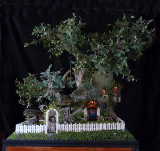 Dolls' house in a tree