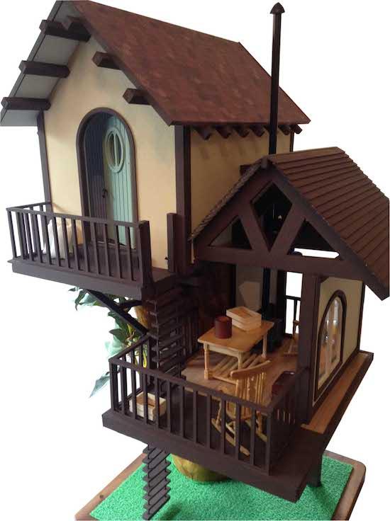 Dollshouse tree house