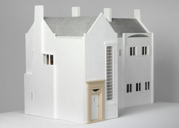 MacIntosh dolls' house