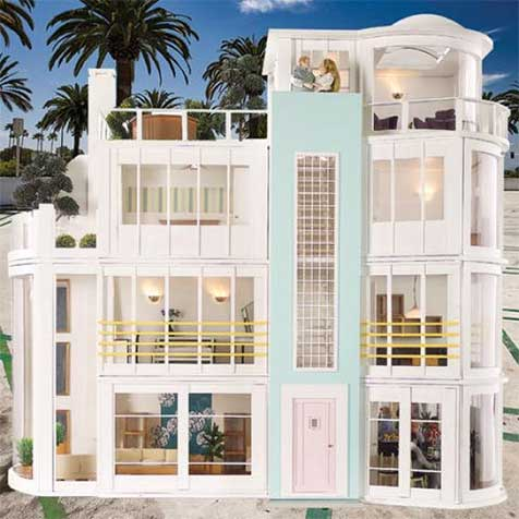 Modern dolls' houses