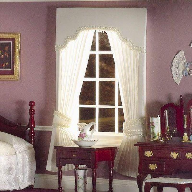Cream Pleated Curtains with Pelmet 190 x 130mm