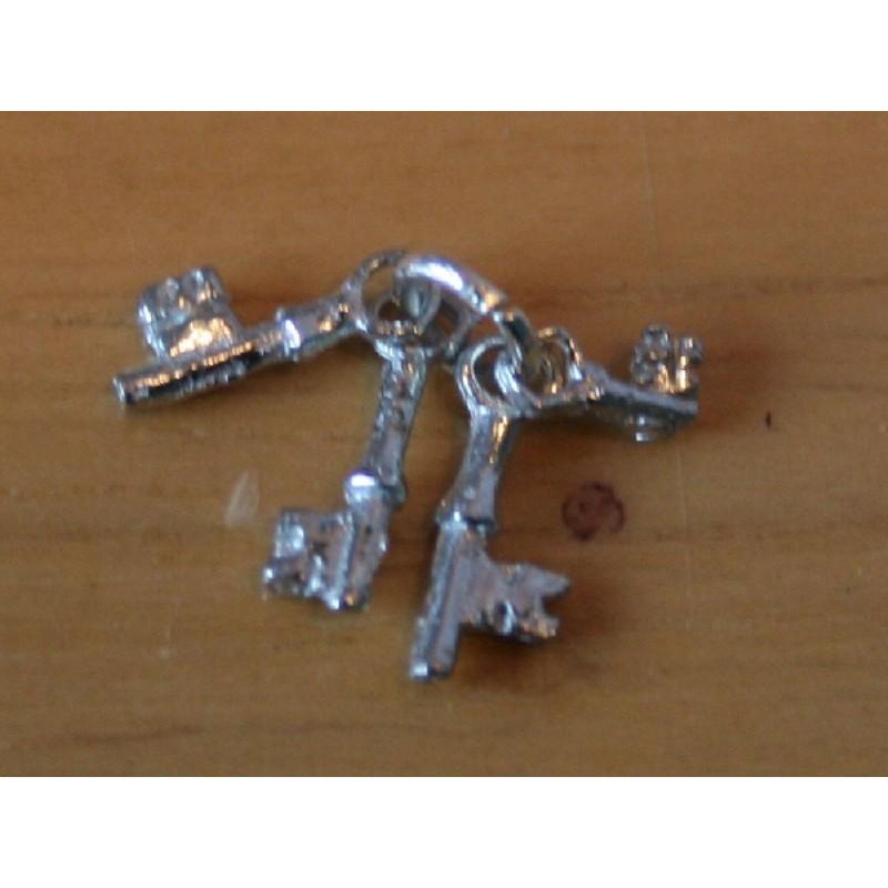 4 Keys on a Ring