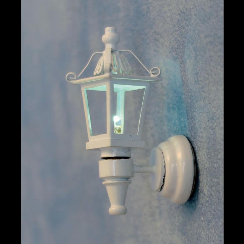 Streets Ahead White Coach Lamp