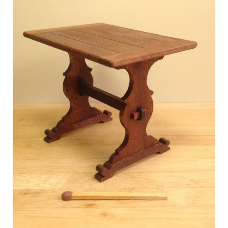 Tudor table, small kit